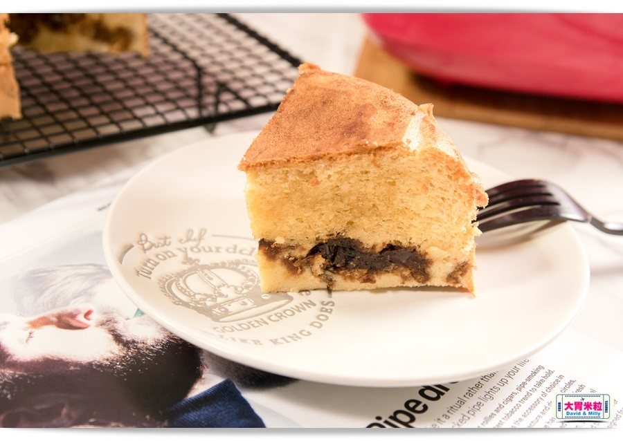 Taiwan PORK AND EGG LAYER CAKE 015.jpg
