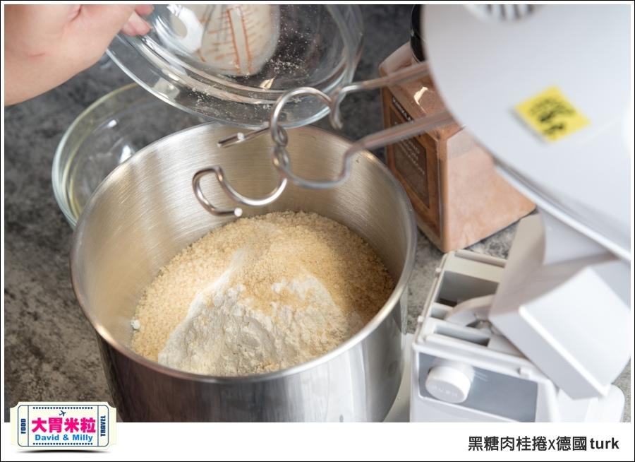 德國turk鍛造鐵鍋開鍋-肉桂捲食譜@大胃米粒_005.jpg