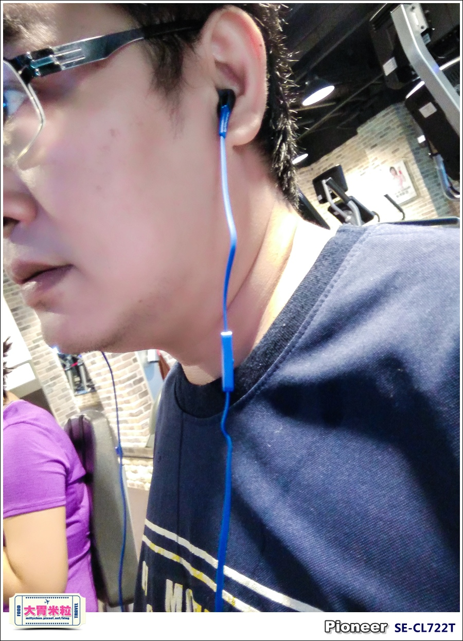 Pioneer入門級耳機SE-CL722T@大胃米粒022.jpg