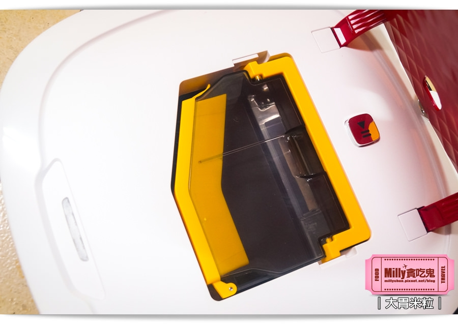Ecovacs智慧吸塵機器人D350010