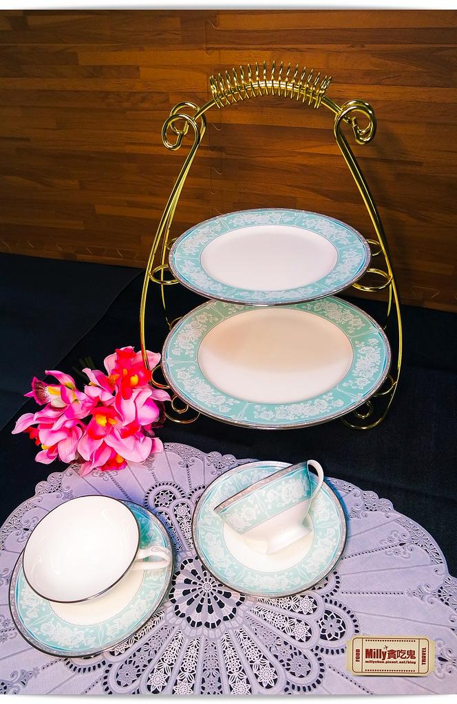 日本NARUMI鳴海骨瓷午茶杯盤組0002