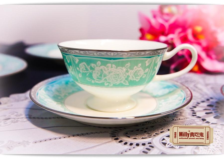 日本NARUMI鳴海骨瓷午茶杯盤組0004