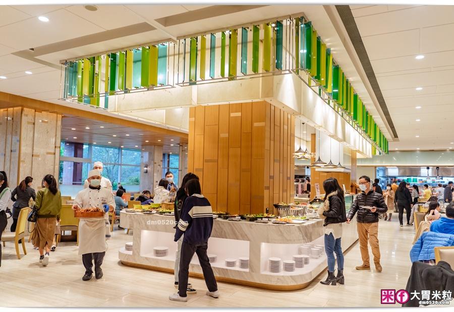 台北六福萬怡酒店敘日全日餐廳
