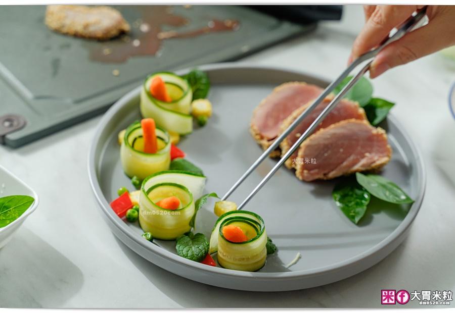 香煎芝麻鮪魚排