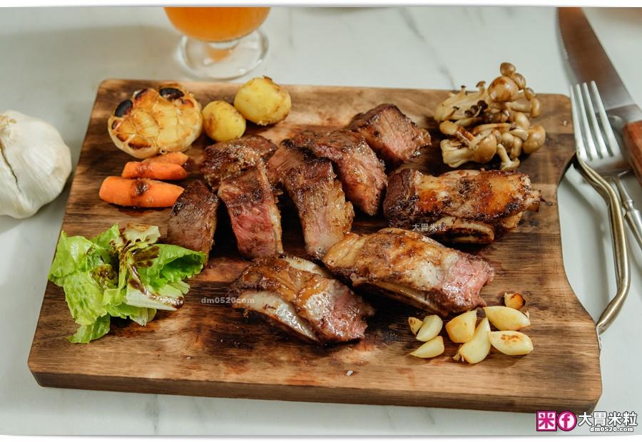 牛小排搭配不同配菜-阿根廷式烤牛肉推薦